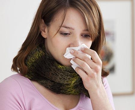 Чем можно капать нос при беременности