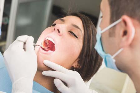 Опасна ли зубная анестезия при грудном вскармливании