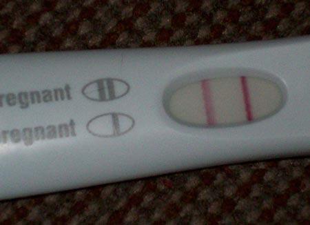 Выделения при беременности на ранних сроках до задержки: белые, коричневые выделения признак беременности